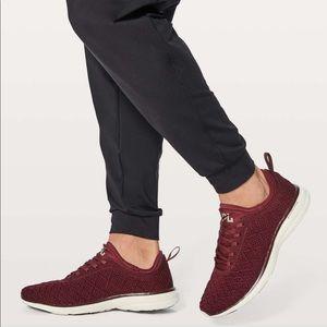 APL techloom burgundy sneakers